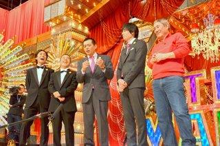 news_xlarge_the_manzai_2014_hakata_hanamaru_daikichi_3.jpg
